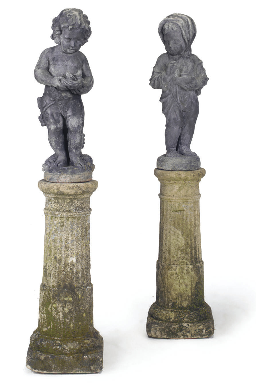 A PAIR OF LEAD FIGURES REPRESE