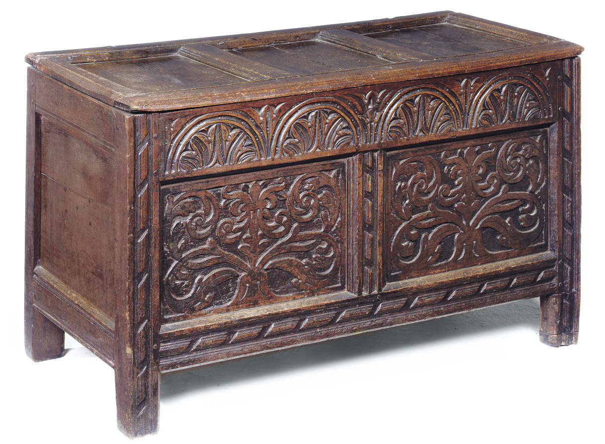 A SOMERSET OAK CHEST