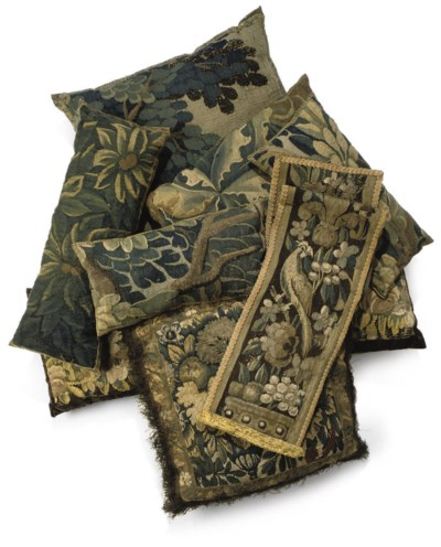 A GROUP OF TAPESTRY CUSHIONS