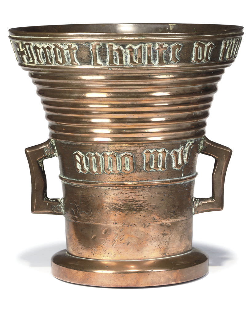 A FLEMISH BRONZE MORTAR OF GOT
