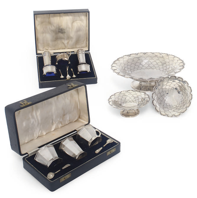 A SUITE OF THREE SILVER DISHES