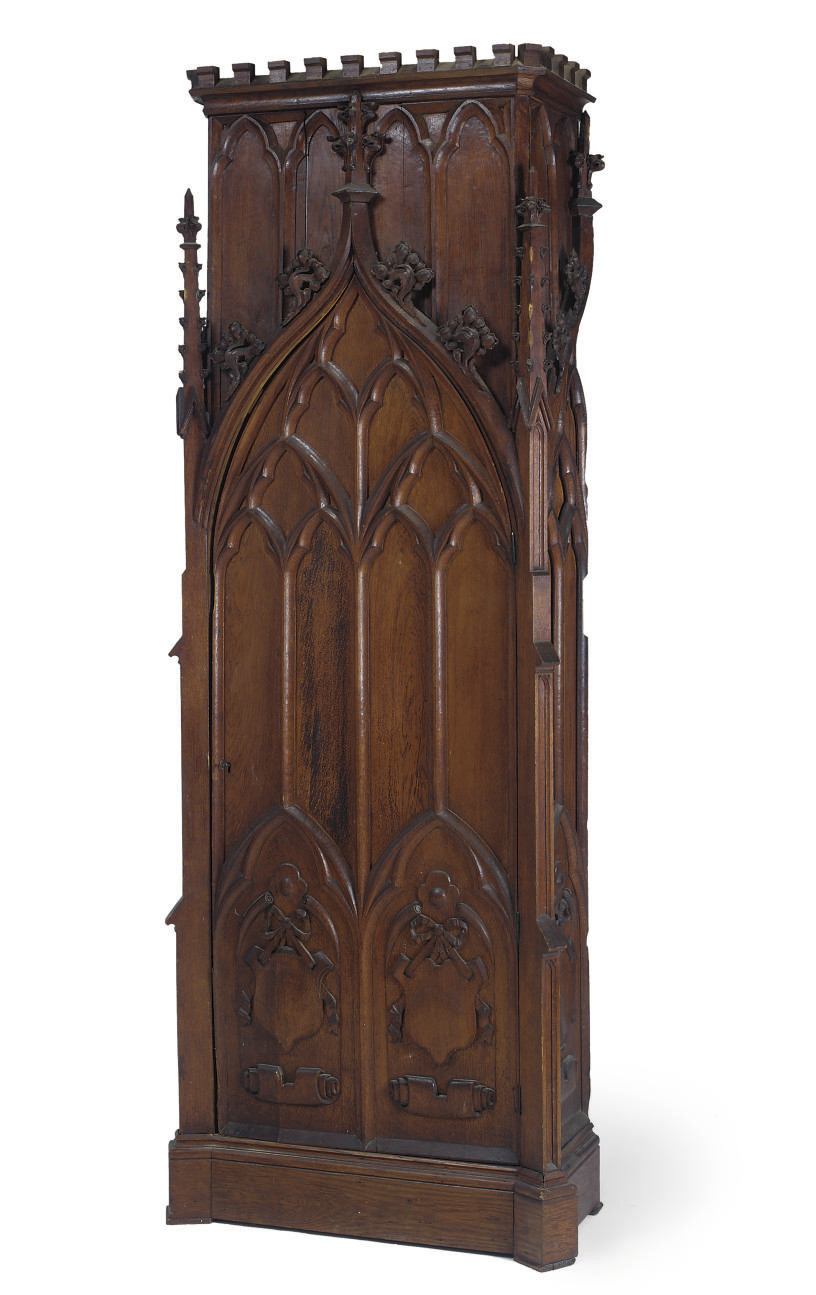 AN EARLY VICTORIAN GOTHIC CARV