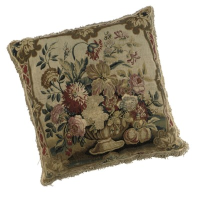 A FINE LARGE TAPESTRY CUSHION