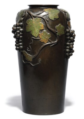 A large Japanese bronze vase