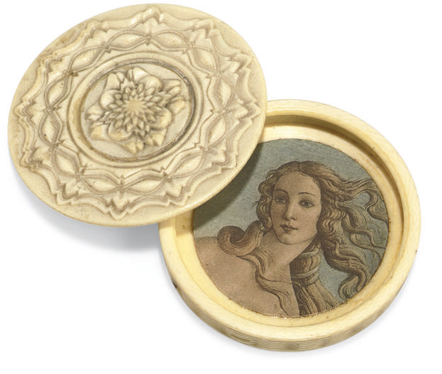A TURNED IVORY SNUFF BOX