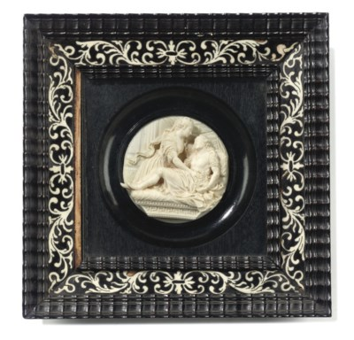 AN ITALIAN IVORY RELIEF MEDALL
