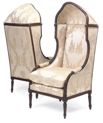A PAIR OF FRENCH WALNUT CHAIRS