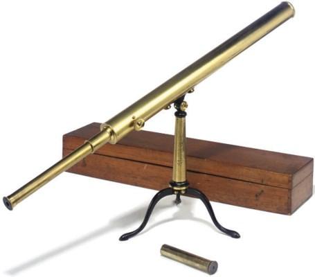 A VICTORIAN BRASS TELESCOPE