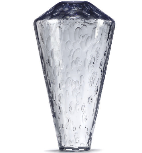 A MODERN GLASS VASE DESIGNED B