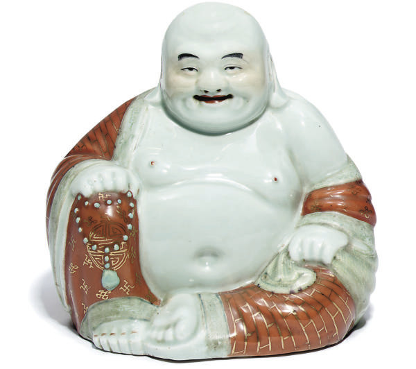 A Chinese porcelain model of s