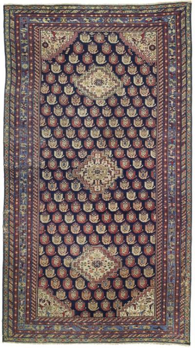 An antique Hila kelleh