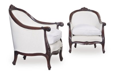 A PAIR OF FRENCH MAHOGANY UPHO
