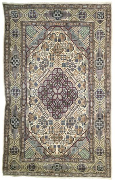 A very fine part silk Nain lar