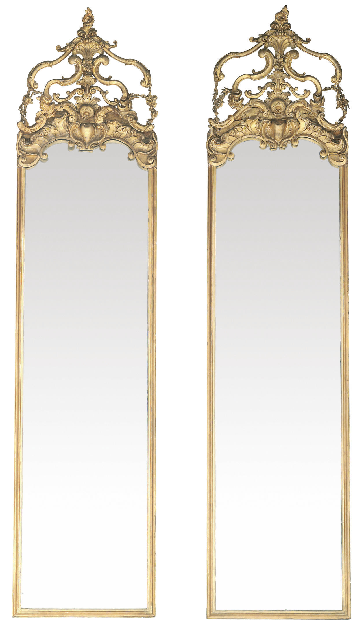 A PAIR OF VICTORIAN GILT COMPO