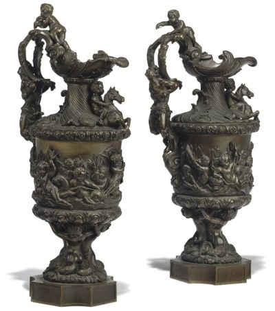 A PAIR OF FRENCH BRONZE ORNAME