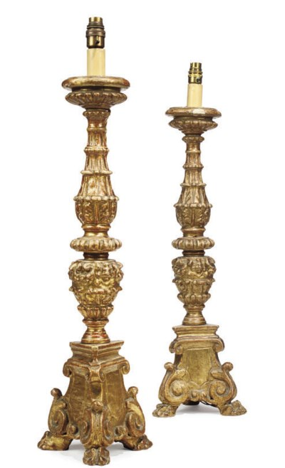 A PAIR OF ITALIAN GILT-WOOD AL