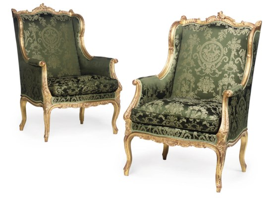 A PAIR OF GILTWOOD FAUTEUIL A