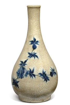 A JAPANESE BLUE AND WHITE CRAC