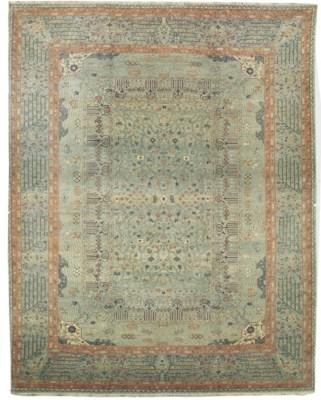 A fine carpet of stylised Amri
