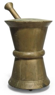 A VICTORIAN GILT COPPER APOTHE