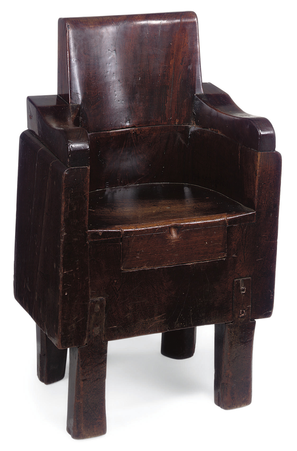 AN UNUSUAL ENGLISH SOLID WALNUT DUG-OUT CHAIR