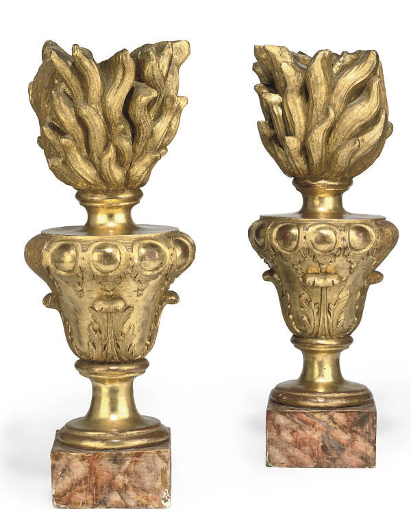 A PAIR OF ITALIAN GILTWOOD FIN
