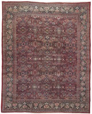 A fine Mahal carpet