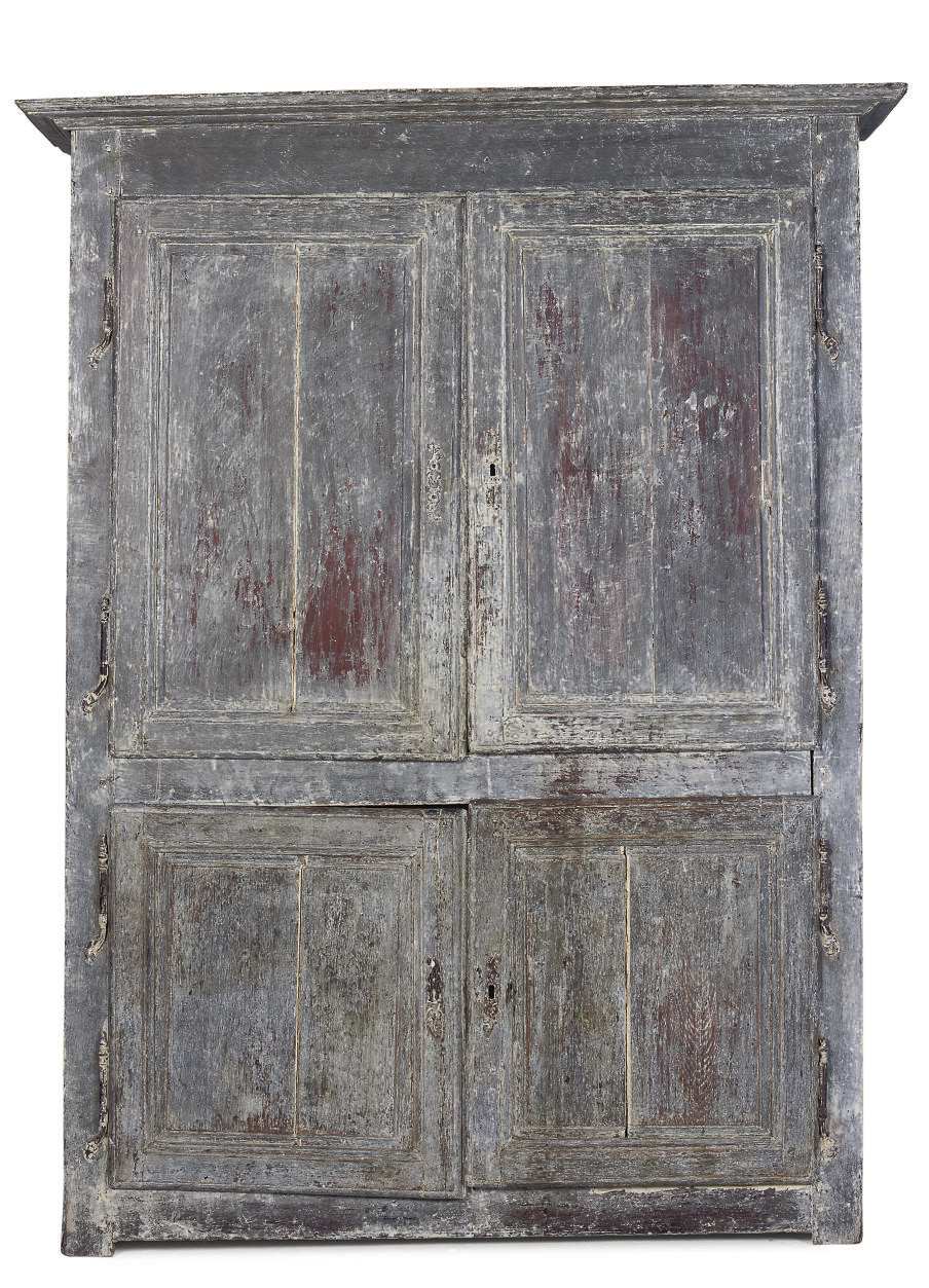 A FRENCH PAINTED CABINET