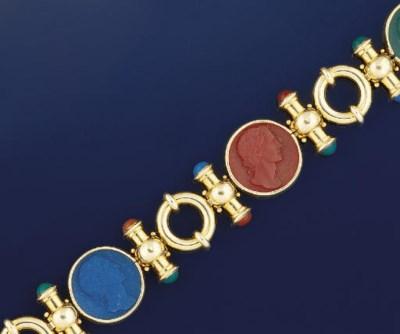 An agate bracelet