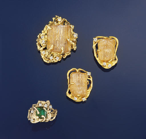 A GOLD, TOURMALINE AND DIAMOND