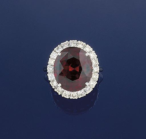 A GARNET AND DIAMOND CLUSTER R