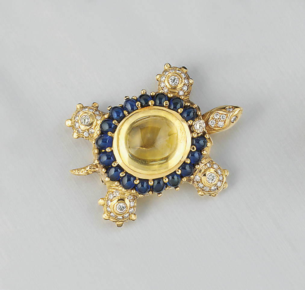 A YELLOW SAPPHIRE, SAPPHIRE AND DIAMOND BROOCH, BY F MORONI