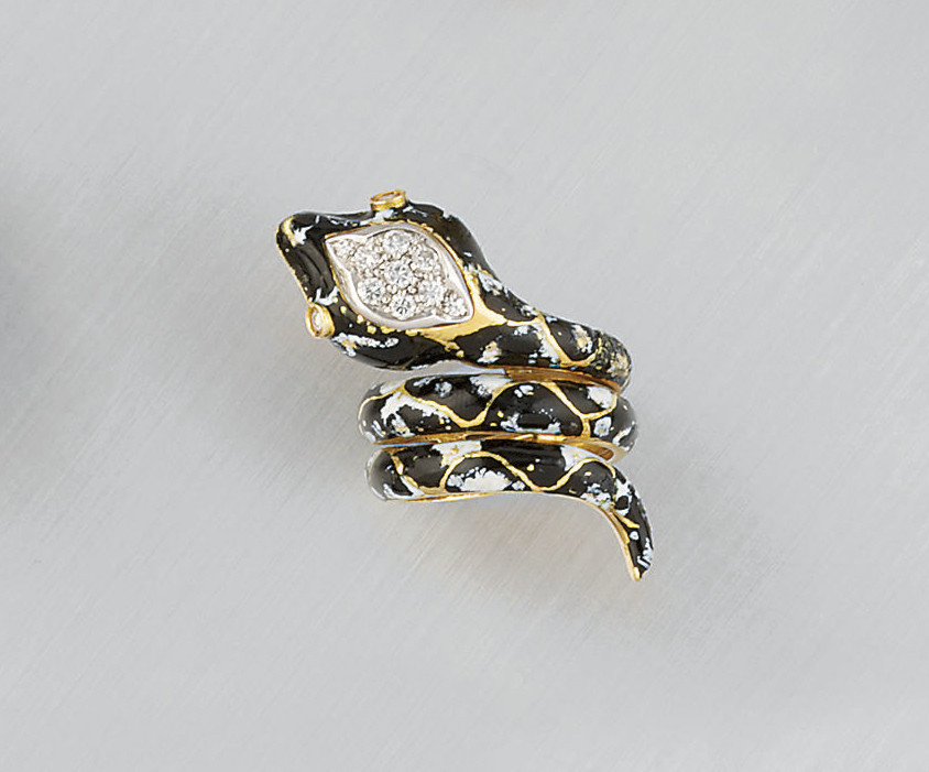 A diamond and enamel serpant ring, by Frascarolo
