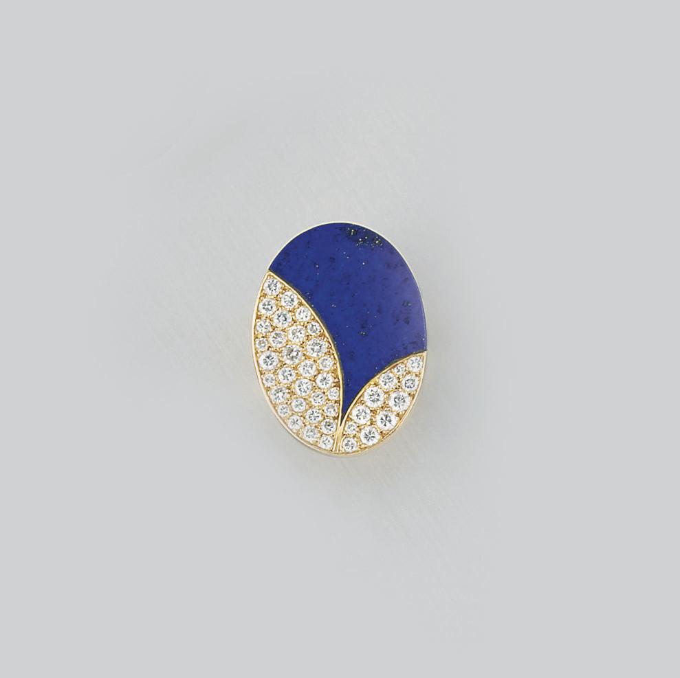 A diamond and lapis lazuli rin