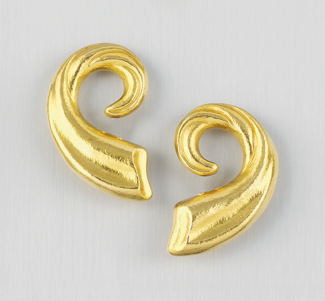 A PAIR OF EARCLIPS, BY LALAOUN