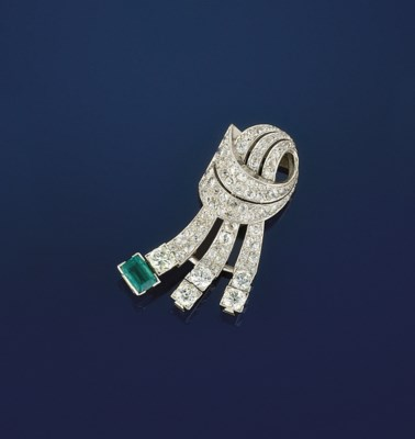 A DIAMOND AND EMERALD CLIP BRO