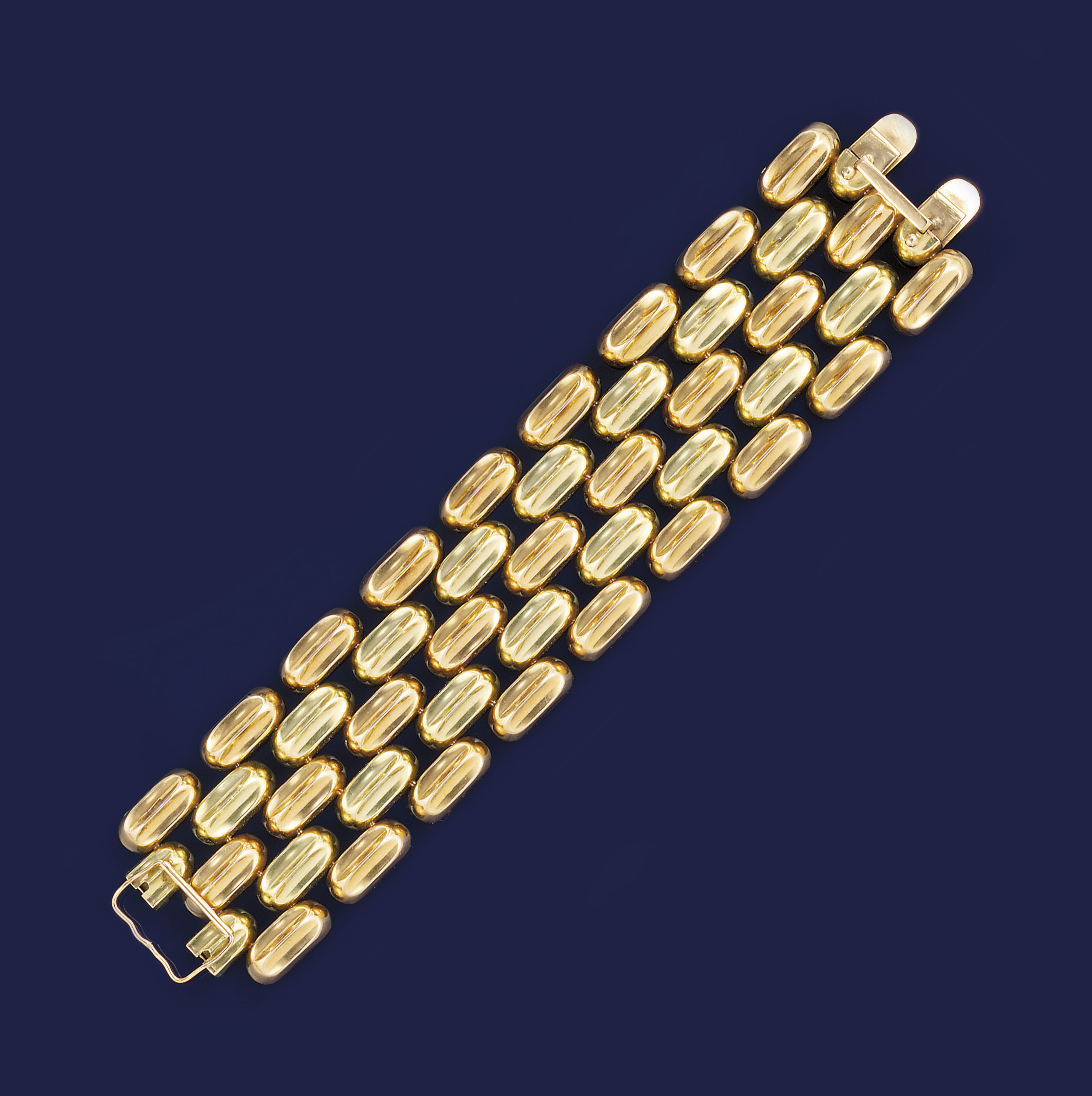 A two colour gold bracelet