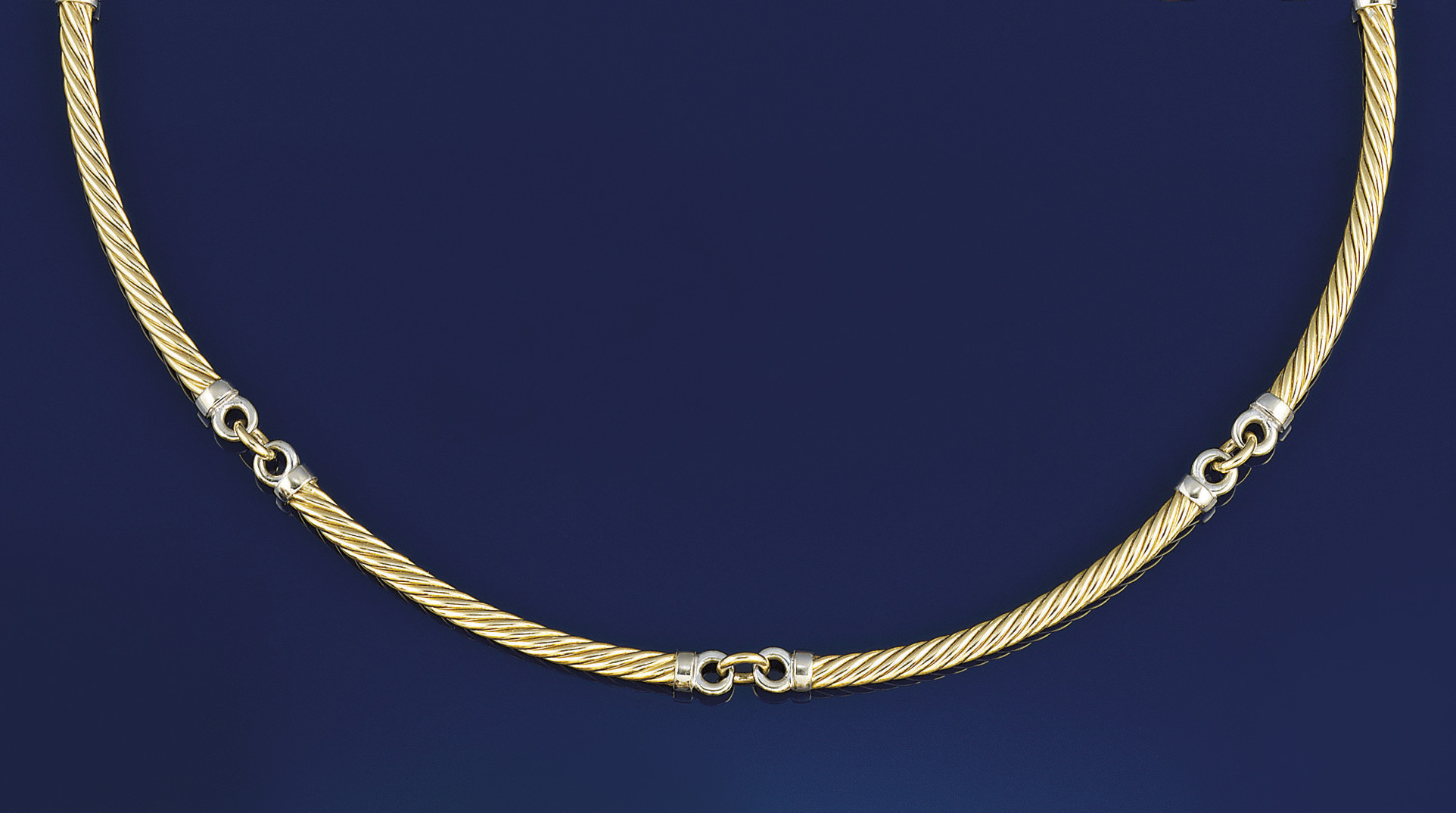 A ropework necklace, by Pomell
