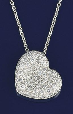 A DIAMOND HEART PENDENT NECKLA