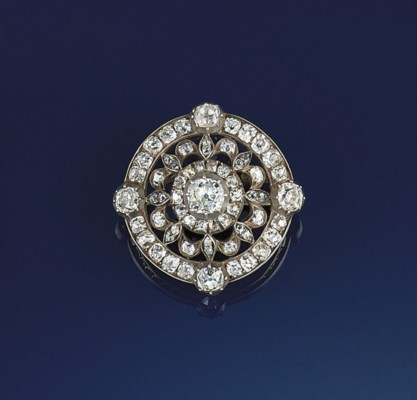 A Victorian diamond brooch/pen