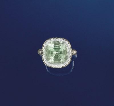 A green quartz, diamond and co
