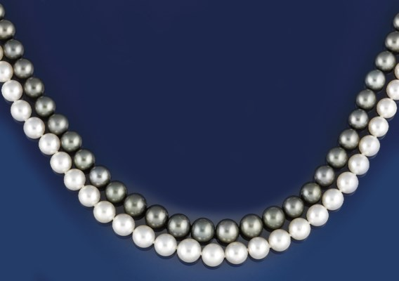 Two cultured pearl, diamond an