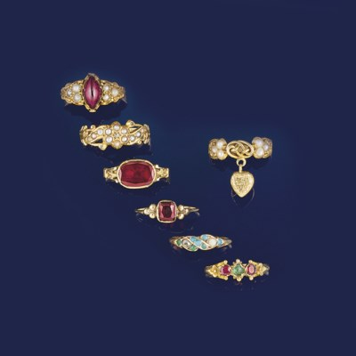 A group of antique rings