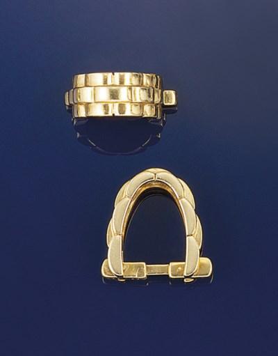 A pair of cufflinks, by Cartie