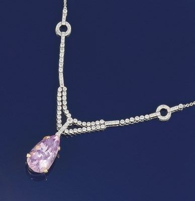 A kunzite and diamond necklace