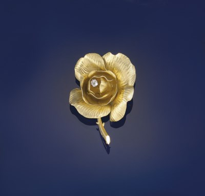 A diamond flower brooch, by Fr