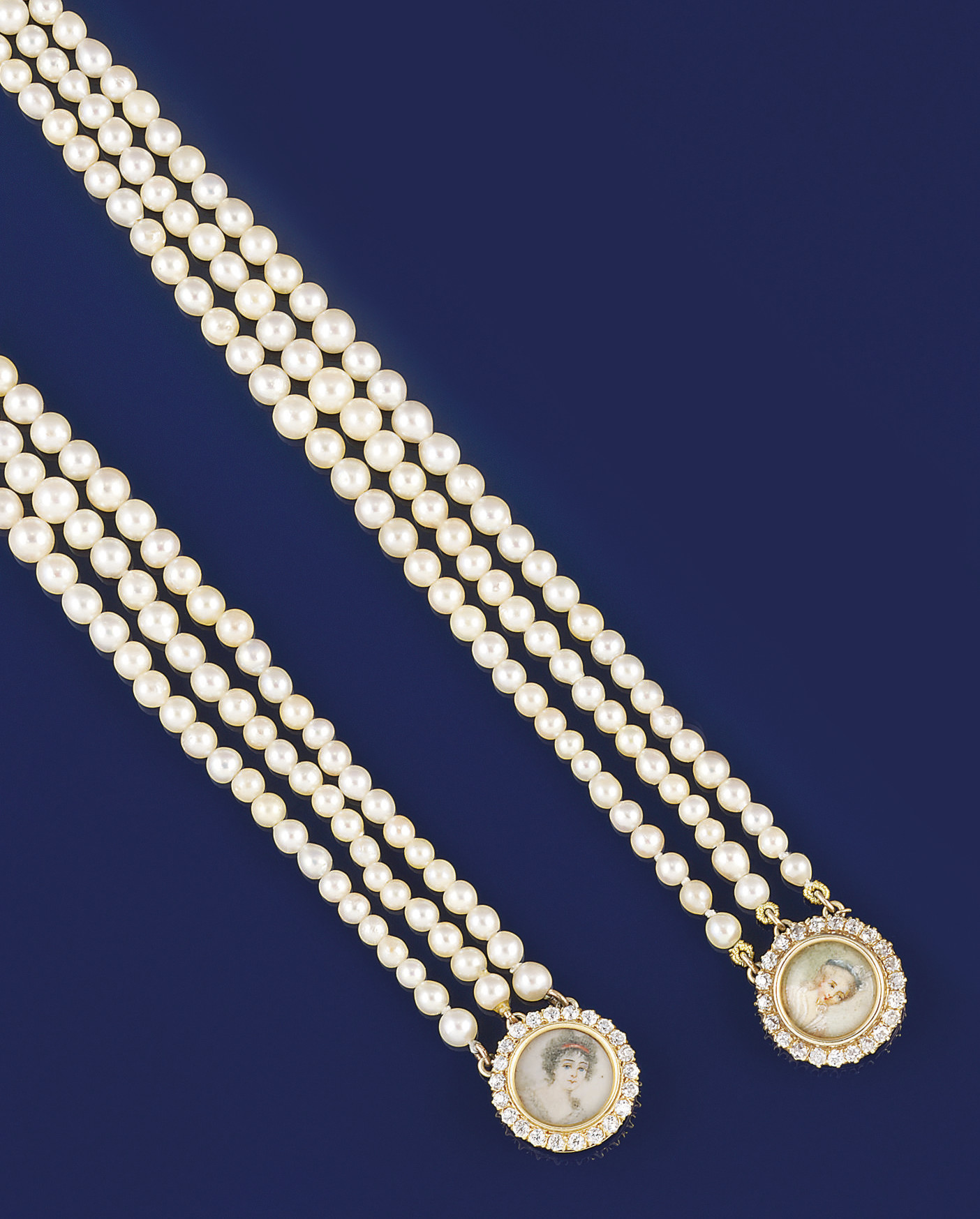 Two cultured pearl bracelets