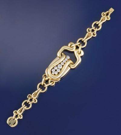 A lady's diamond set bracelet,