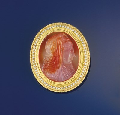 A 19th century gold and agate