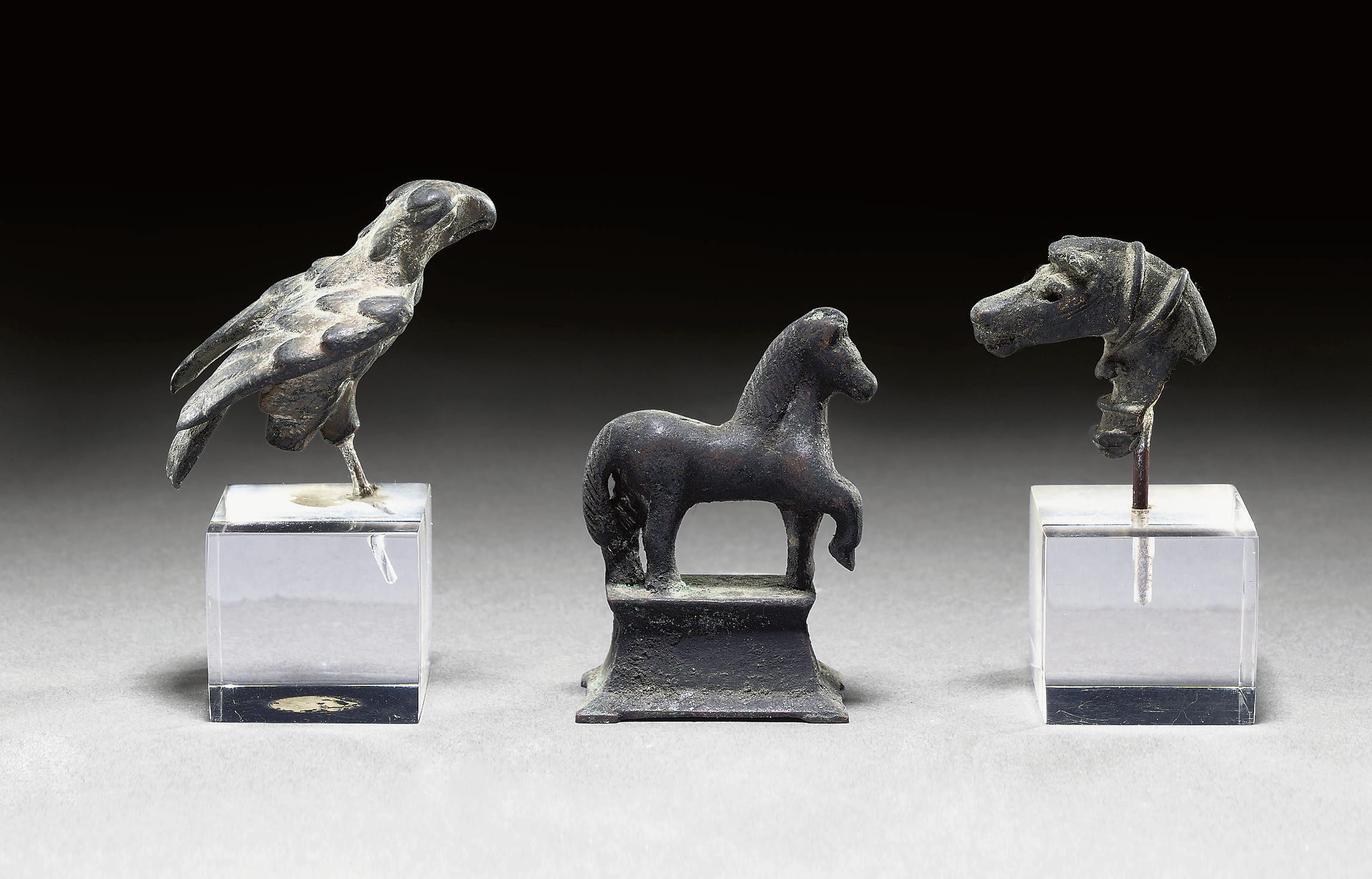 A GROUP OF MAINLY ROMAN BRONZE